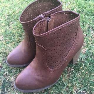Novo Boho Boots