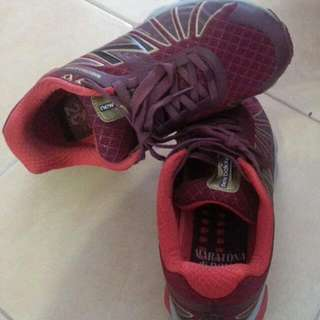 New Balance Shoes US8 UK6