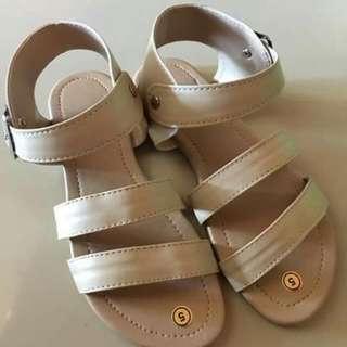 Size 5 - Flat Sandal