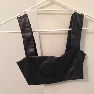 Alice In The Eve Crop Size 6