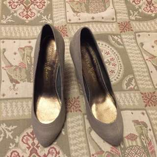Women Guess Wedge Shoes Size 40