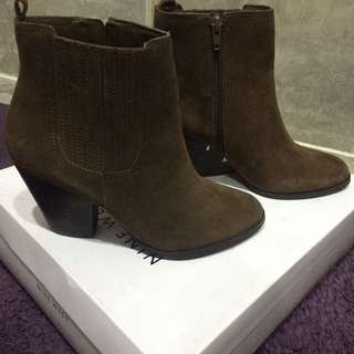 Size 6 Nine West Suade Booties