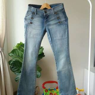 PRICE REDUCED Forever 21 Bootleg Jeans Size 27