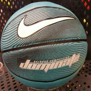 NIKE 籃球basketball 7號 室外