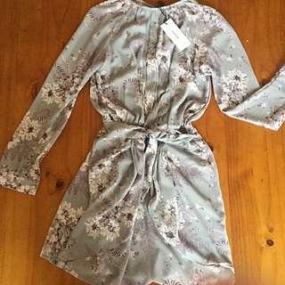 Sheike Dress Size 6