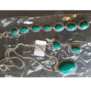 Dangle Earrings Necklace Pendant For Women (Size: 52 cm, Color: Multicolor)