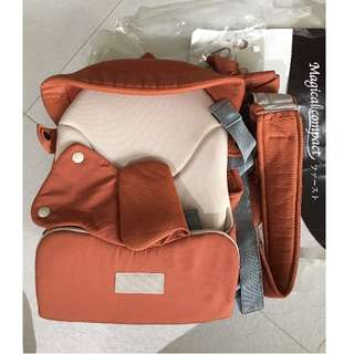 Combi magical baby carrier