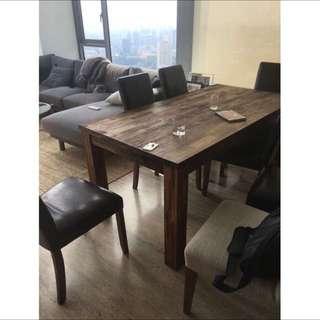 Expat's Home Furniture