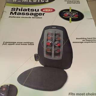 SHIATSU CHAIR MASSAGE