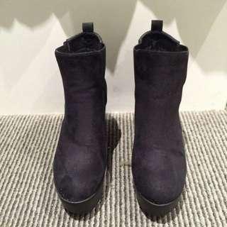Black Boots (size 8)