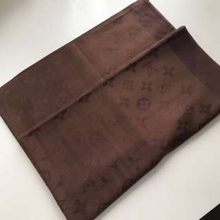 Louis Vuitton Scarf - Brown