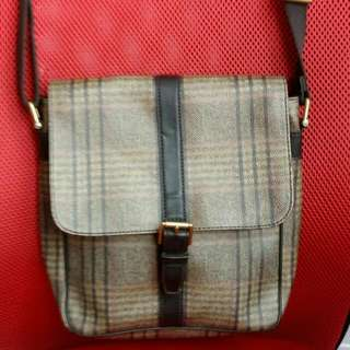 Fossil Sling Bag Authentic