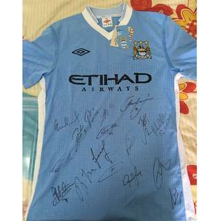 Manchester City 2011-2012 championship winning Home Jersey with player autographs Brand new with Tag