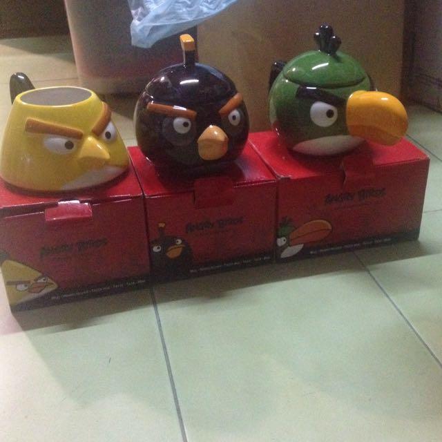 憤怒鳥杯(黃色、黑色與綠色)