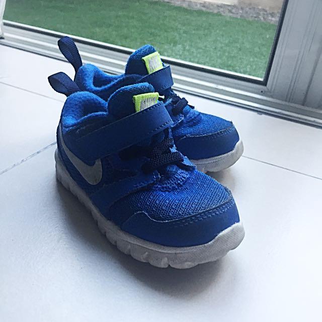 Blue Nike Original Rubber shoes