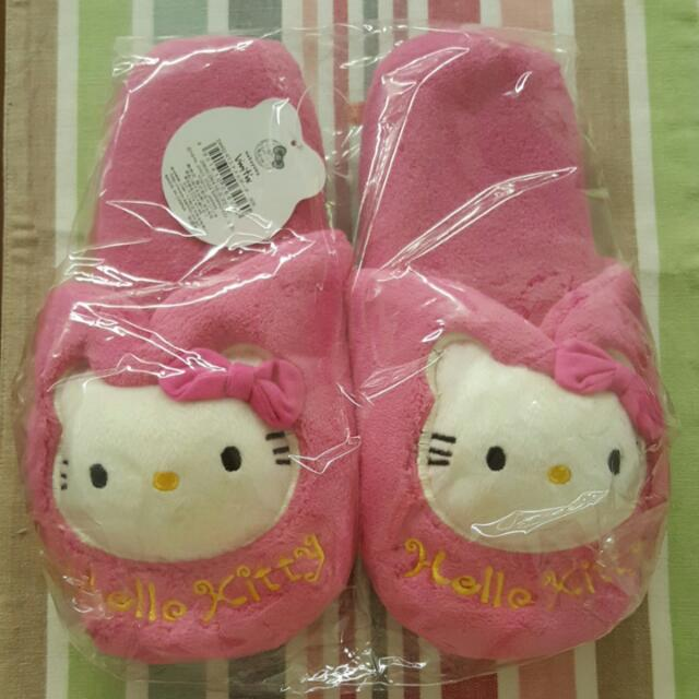 BNIB Adult Hello Kitty Bedroom Slippers ccec3dc968