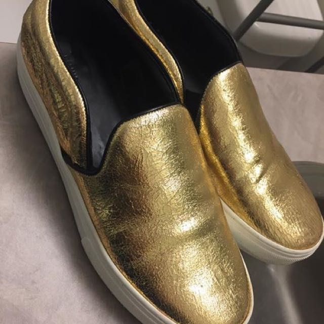 Céline Shoes Gold