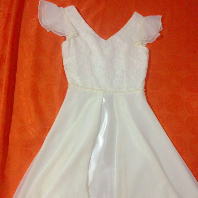 Viz-a-viz Elegant White Dress