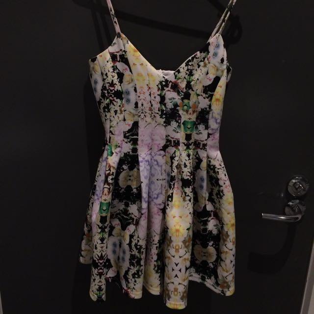 Floral Play suit (size 8)