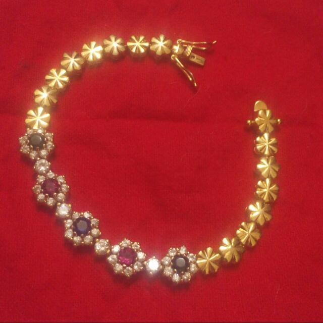 Flower Gem Bracelet