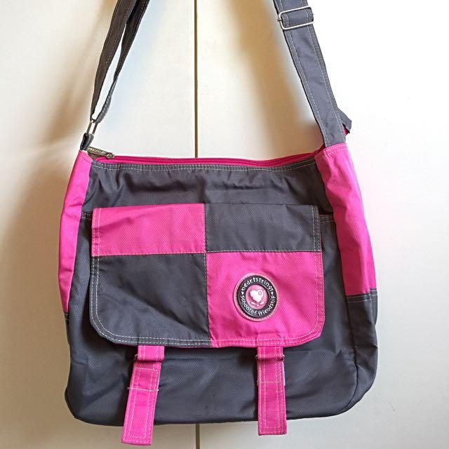 FREE SHIPPING! Heartstrings Bag Blue Pink Body Bag