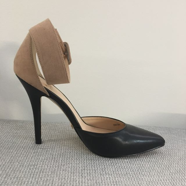 Kardashian Kollection 2part Pointed Heels