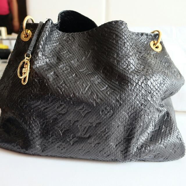 LV Artsy Phyton Limited edition (RARE COLLECTION ITEM)