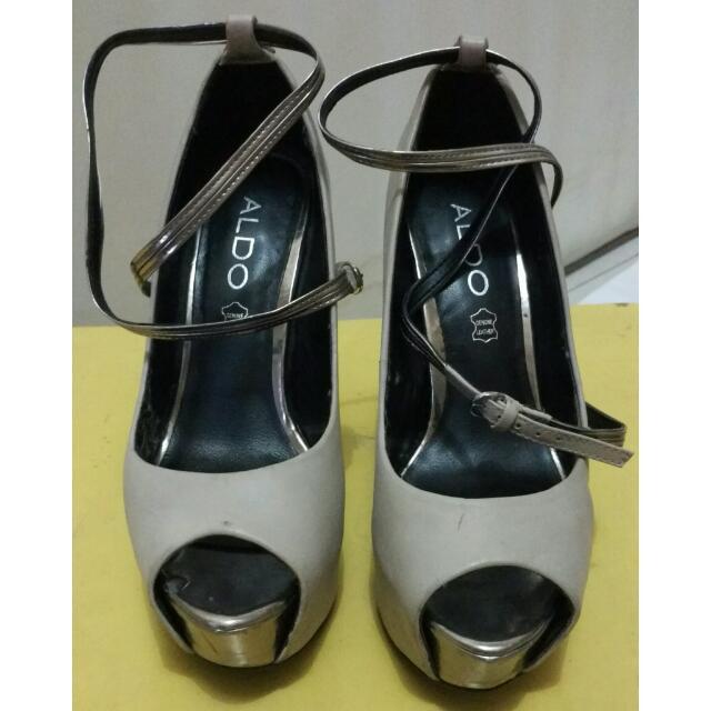 Sepatu High Heels Abu2 Aldo