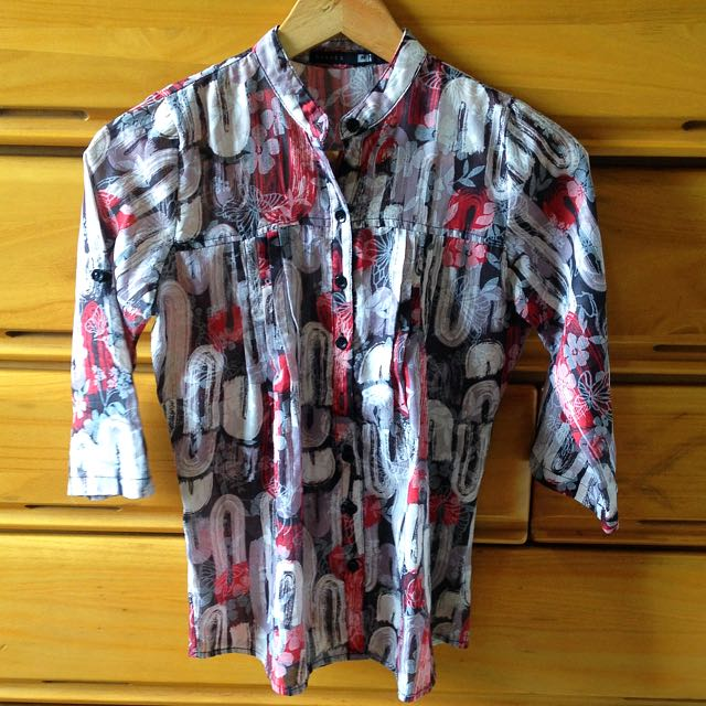 Shapes Red & Black Printed Blouse