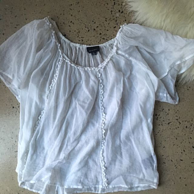 Sz 10 White Sheer Witchery Flowy Top