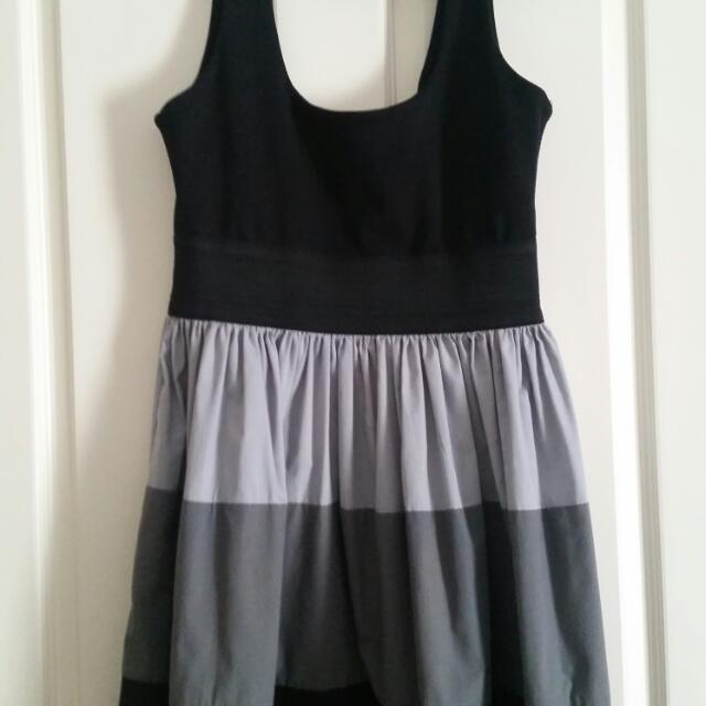 Tokito Dress Size L