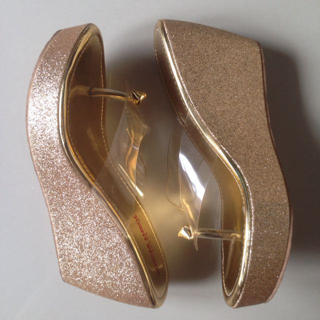 Wedges Sandal Gold