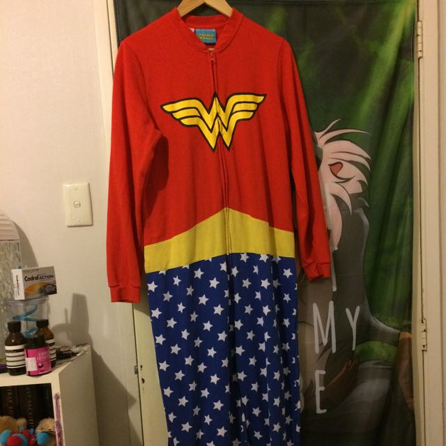 Wonder Woman Oneise