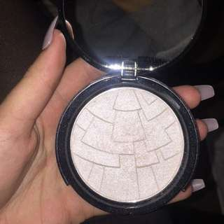 Anastasia Beverly Hill REPLICA HIGHLIGHTER
