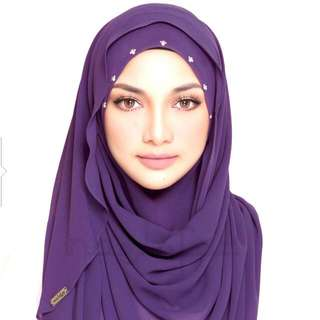 Classy Wardah By Naerlofar Sales $14 Only For Self Collection At My Blk