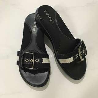 VERS Sandals