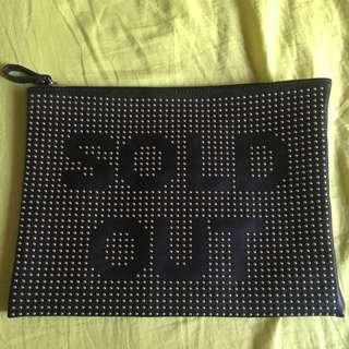 Zara  Sold Out 手拿包