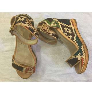 STACATO Wedges