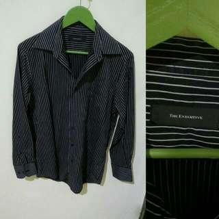 The Executive Striped Long-sleeved Shirt (black)
