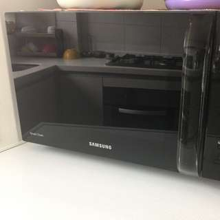 Samsung Microwave Oven With Convection 28ltrs
