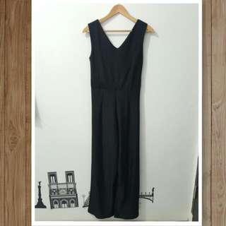 (NEW) SOPHIE Black Jumpsuit