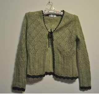 秋香綠毛衣外套