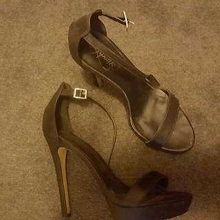 Black Platform Heels Size 8.5