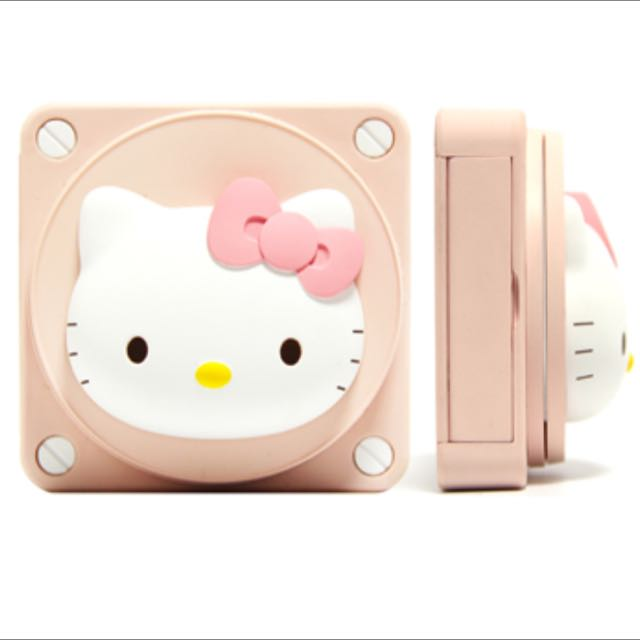 86Hero Hello Kitty 粉色-旋轉立體鏡面 LED行動電源