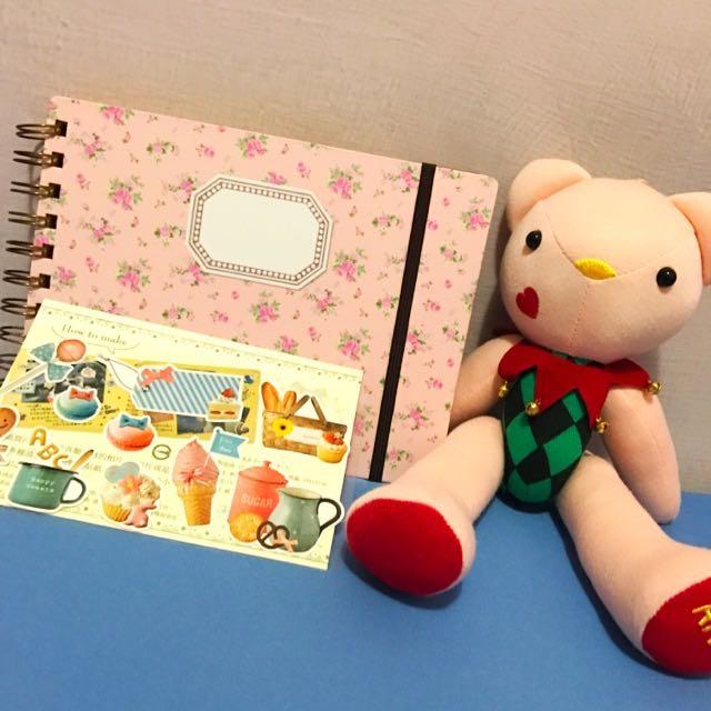📒小花朵圖案空白日記本🌸