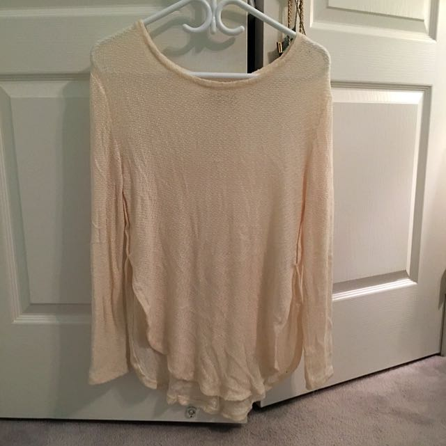 Abercrombie And Fitch White Knit Top