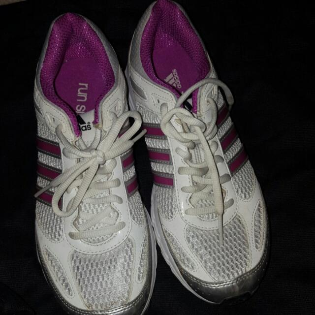 Adidas - Run Smart running shoes in a magenta/silver color