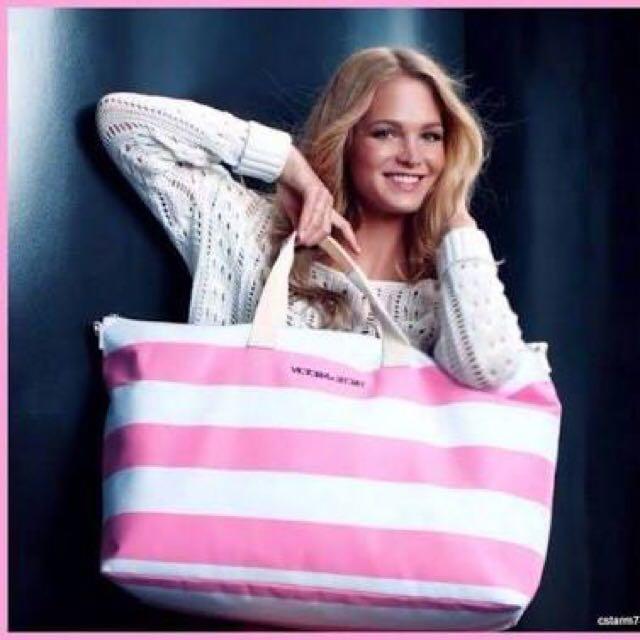 Authentic Victoria Secret Overnight Bag