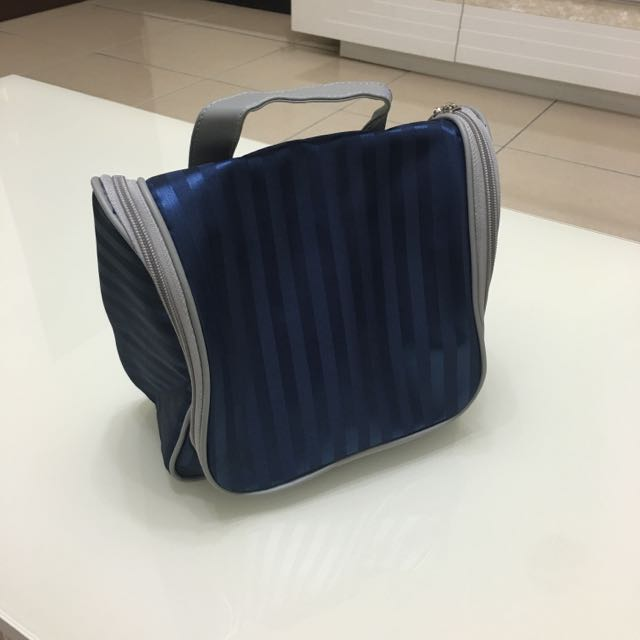Avon萬用防水收納包(藍色)