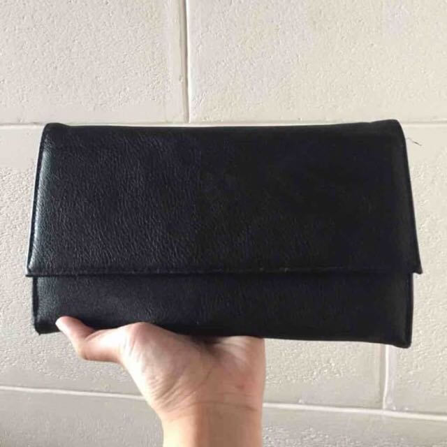 Bershka Traveling Wallet
